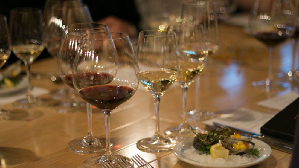 Wine-dinner-setup