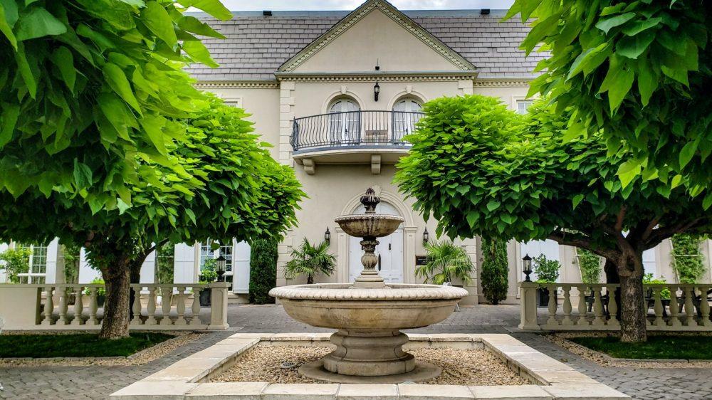 Hedges Family Estates